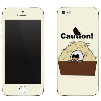 Виниловая наклейка «Assassins creed art» на телефон Apple iPhone 5