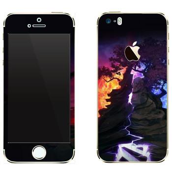 Виниловая наклейка «Dota деревья» на телефон Apple iPhone 5