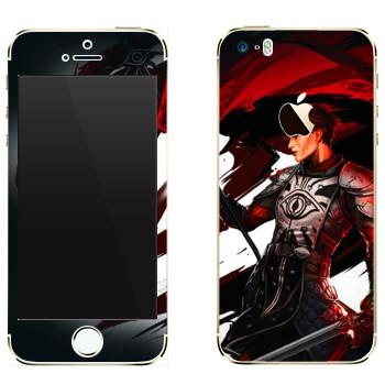 Виниловая наклейка «Dragon Age - Девушка воин» на телефон Apple iPhone 5