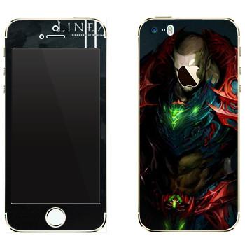 Виниловая наклейка «Lineage Орк воин» на телефон Apple iPhone 5