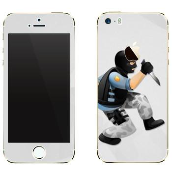 Виниловая наклейка «Тerrorist - Counter Strike» на телефон Apple iPhone 5
