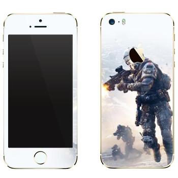 Виниловая наклейка «Titanfall бой» на телефон Apple iPhone 5