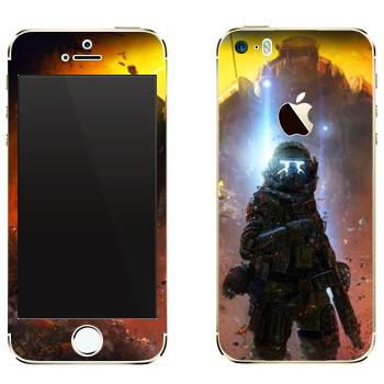 Виниловая наклейка «Titanfall экзокостюм» на телефон Apple iPhone 5