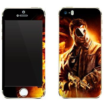 Виниловая наклейка «Wolfenstein -  В огне» на телефон Apple iPhone 5