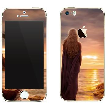 Виниловая наклейка «Королева Дейенерис» на телефон Apple iPhone 5S