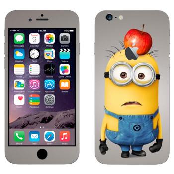Виниловая наклейка «Миньон с яблоком на голове» на телефон Apple iPhone 6 Plus/6S Plus
