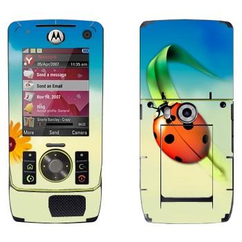 Виниловая наклейка «Божья коровка на травинке» на телефон Motorola Z8 Rizr