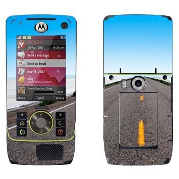 Виниловая наклейка «Дорога убегает к горизонту» на телефон Motorola Z8 Rizr