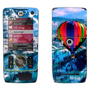 Виниловая наклейка «Воздушный шар над заснеженными холмами» на телефон Motorola Z8 Rizr