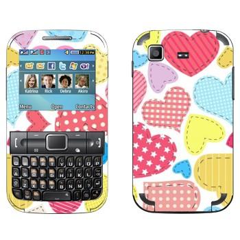 Виниловая наклейка «Нашитые сердечки - День Святого Валентина» на телефон Samsung C3222 Duos