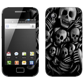 Виниловая наклейка «Dark Souls скелеты» на телефон Samsung Galaxy Ace