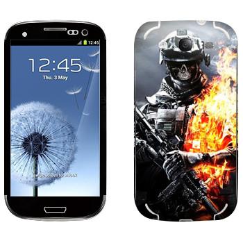 Виниловая наклейка «Солдат в огне» на телефон Samsung Galaxy S3