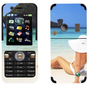 Виниловая наклейка «Девушка на пляже Майами» на телефон Sony Ericsson K530i