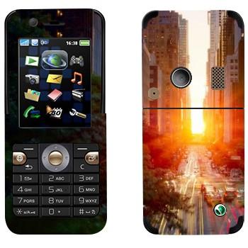 Виниловая наклейка «Нью-Йорк» на телефон Sony Ericsson K530i