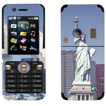 Виниловая наклейка «Статуя Свободы  - Нью-Йорк» на телефон Sony Ericsson K530i